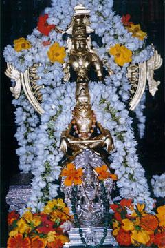 http://gosai.com/chaitanya/events/sudarshanvirayoganarasingha.jpg