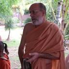 Swami B.B Vishnu leading kirtana