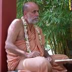 Swami B.B Vishnu giving class