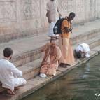 Devotees at Sri Radha-kunda