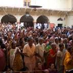 Crowd at Govardhana Puja