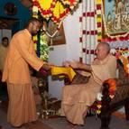 Rasikananda Presents the Vyasa-Puja Book