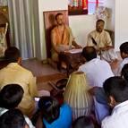 Bhakti Vijnana Giri Maharaja giving class