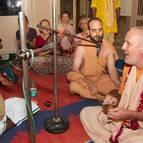 Kunja-vihari Leading Bhajanas