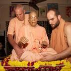 Establishing Srila Prabhupada on the Vyasasana