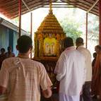 Devotees in front of the Ratha