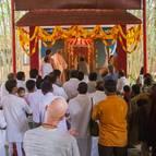 Devotees Glorifying Srila Prabhupada