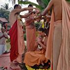 Acharya Abhiseka of Swami Bhakti Vijnana Giri Maharaja as the Successor Sevaite Acharya - Photo